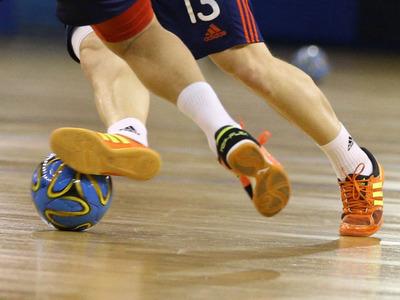 mini_futbol_dina_i_sibirjak_sygrajut_za_final